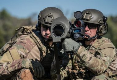 US Army Buys Aimpoint FCS13-RE Sights for Carl Gustaf M3-E1 MAAWS Recoilless Rifles (2)