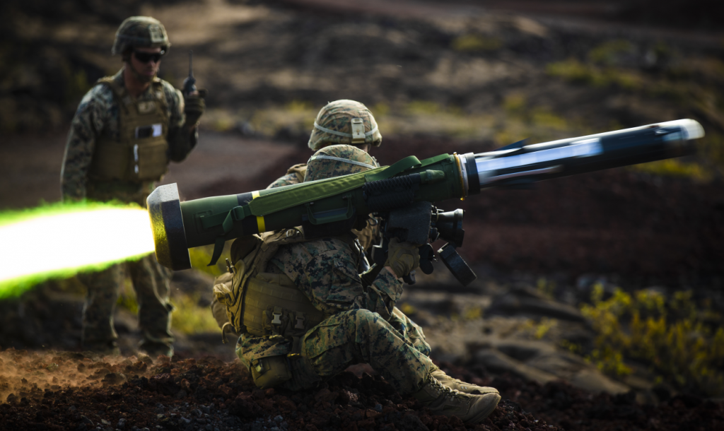 A U.S. Marine fires a shoulder-fired Javelin during Exercise Bourgainville II, Hawaii - 2019-05-15 - Lance Cpl Jacob Wilson