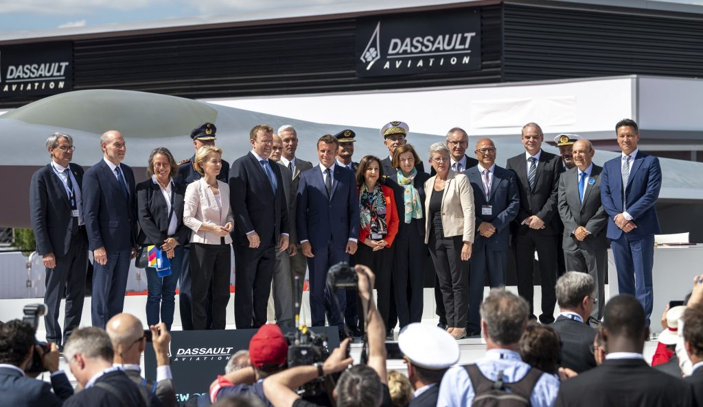 FCAS being presented by the dignitaries at Paris Air Show 2019 (photo courtesy of Airbus)