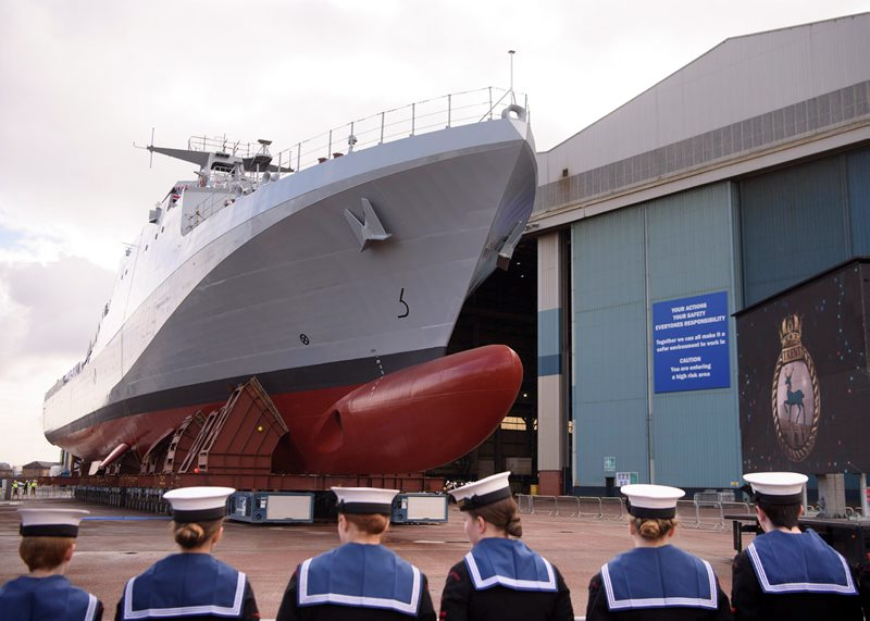 http://www.defenceimagery.mod.uk/fotoweb/archives/5046-All%20News%20-%20Stock/Purged/ArchPurged/RoyalNavy/2018/April/RS74594_BAE_HMS_Trent_Naming003.jpg