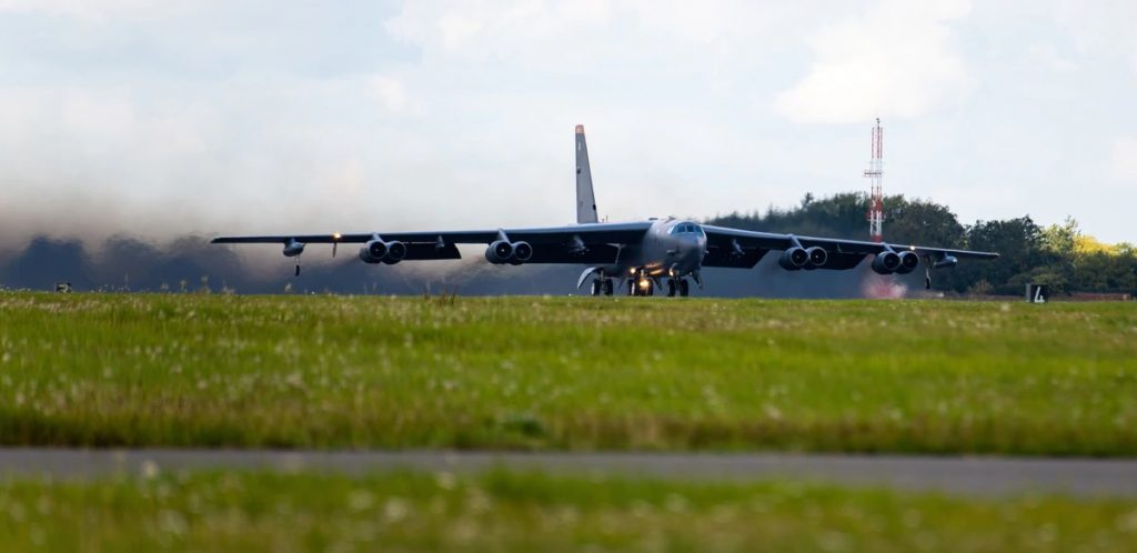 USAF 5th Bomb Wing Travels to Ukraine to Train with Naiton's Fighters